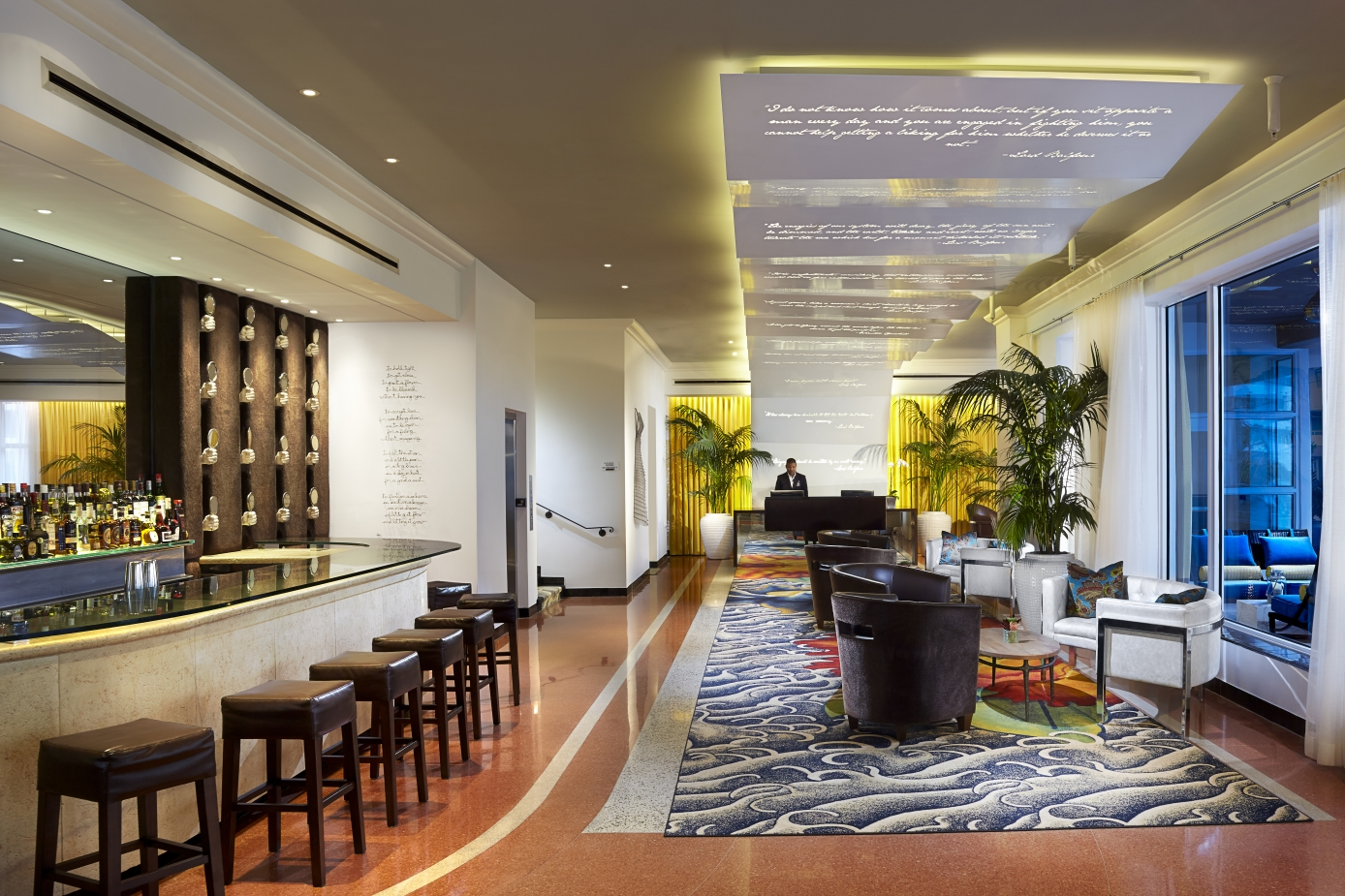 Hotel Room Mate Waldorf Towers