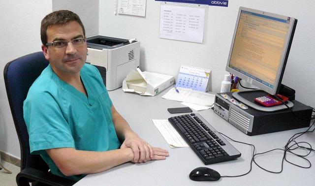 Dr. CIRILO AMORÓS Servicio de Digestivo. Departamento de Salud de Alzira. Grupo Ribera Salud